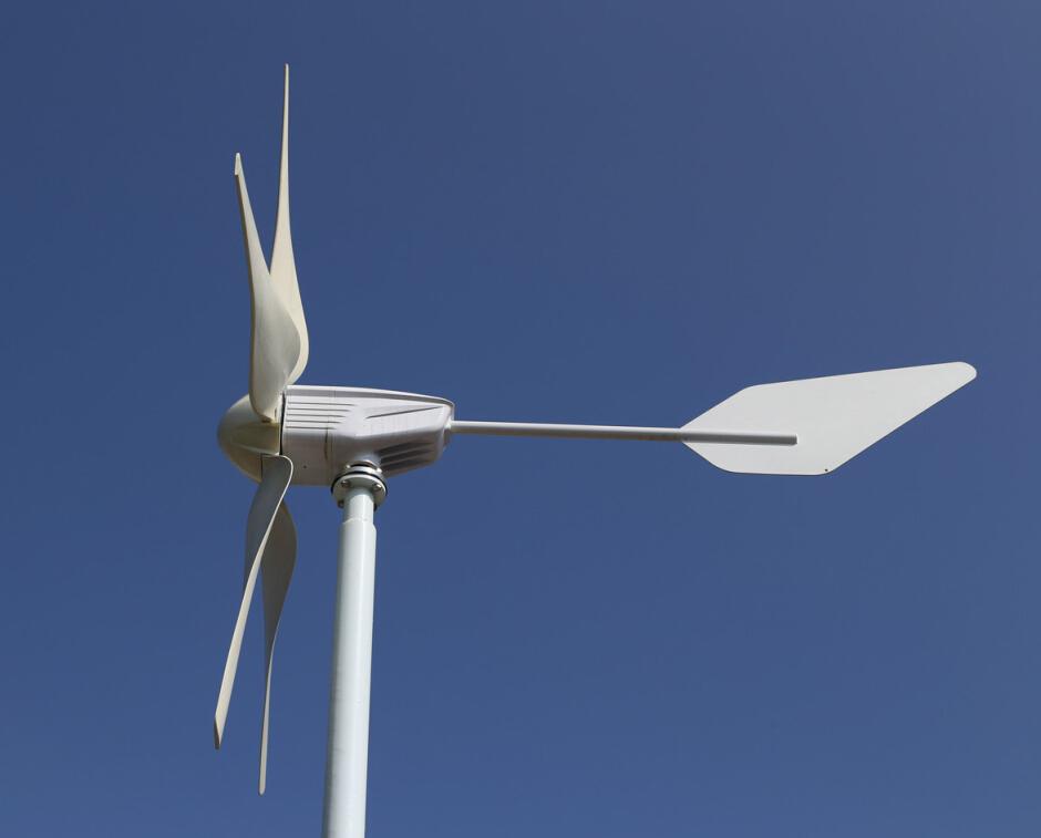 小型风力发电机简介
